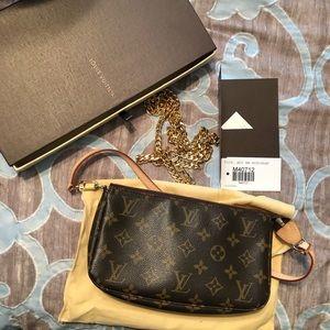 Louis Vuitton Pochette Excellent co tags receipt🌸
